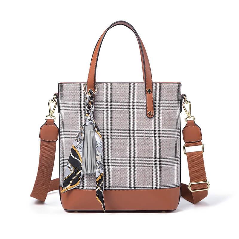 Túi xách nữ hàng hiệu giá rẻ da kẻ sọc đẹp FSM 2415